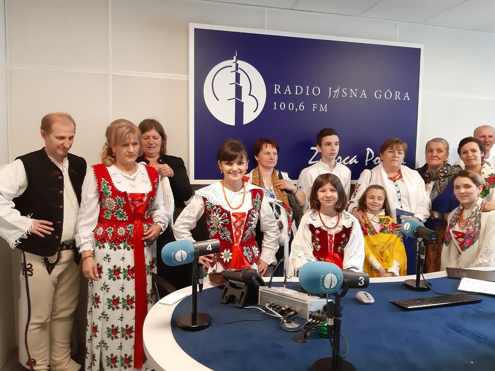 Duchowa Pielgrzymka Rodziny Szkół Prymasowskich; źródło: RJG